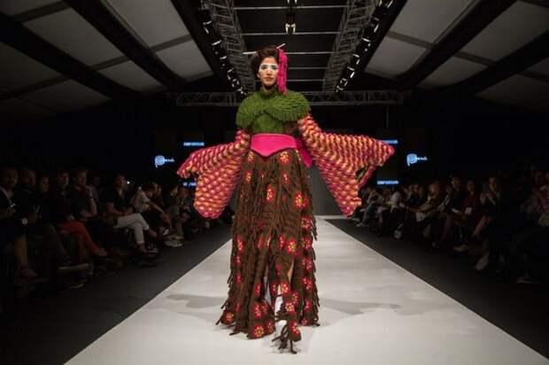 Вязаные кимоно от Jorge Salinas