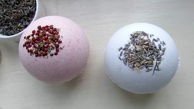 Домашнее SPA: простой способ сделать пенные «бомбочки» для ванной