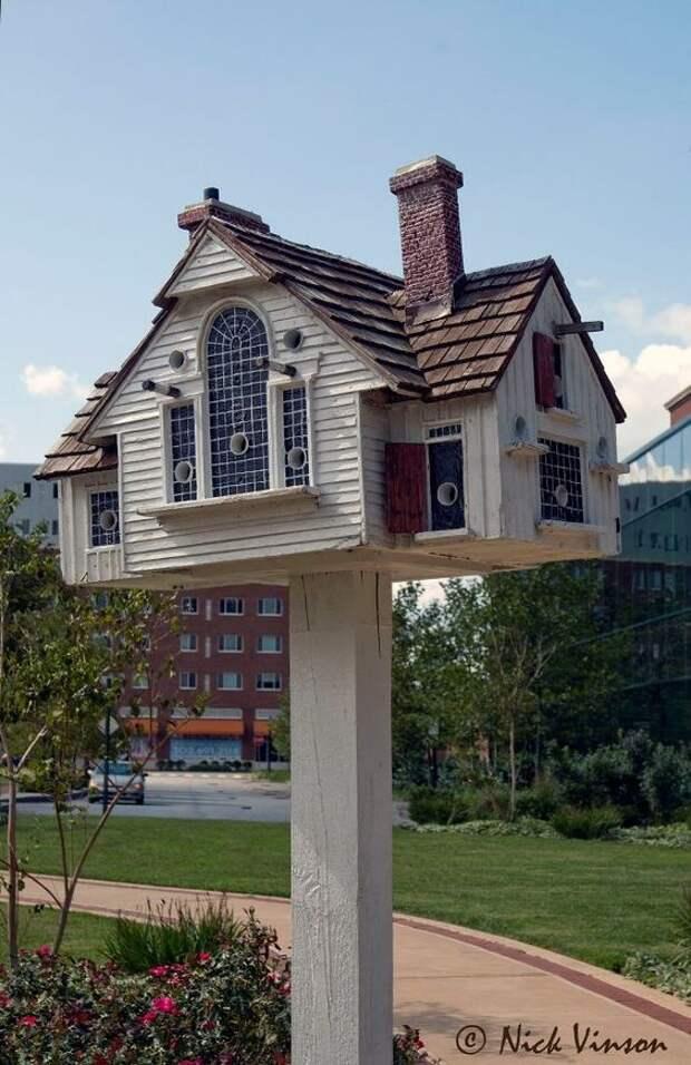 Томас Ф. Берк делает красивые репродукции настоящих домов -OR, те из paintings-- в скворечники .: