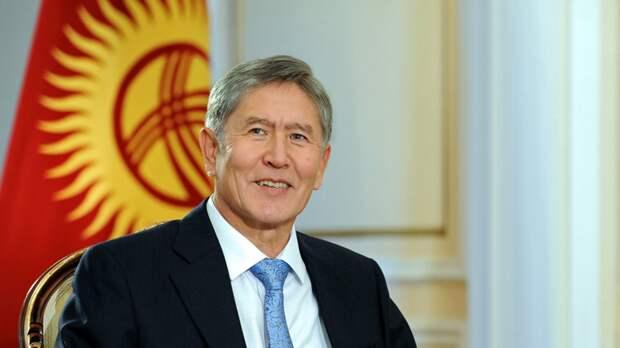 Парламент Киргизии лишил неприкосновенности экс-президента по делу о коррупции