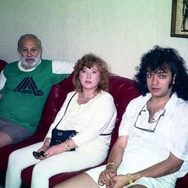 Молодые и похожие: появился редкий снимок медового месяца Филиппа Киркорова и Аллы Пугачевой