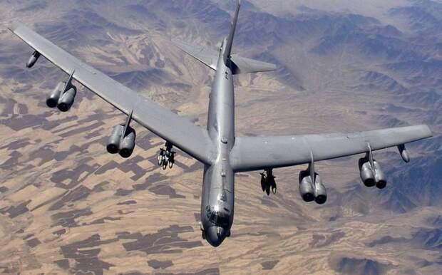 Стратегические бомбардировщики B-52 в США модернизируют за 2,6 млрд долларов