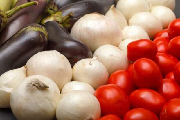 Идём на рынок за свежими овощами