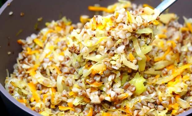 Смешали гречку с капустой: превращаем привычные продукты в совершенно новое блюдо