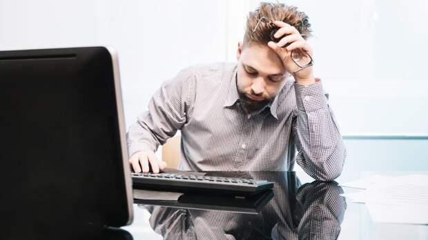 Роспотребнадзор предложил сократить рабочий день в офисе в жару
