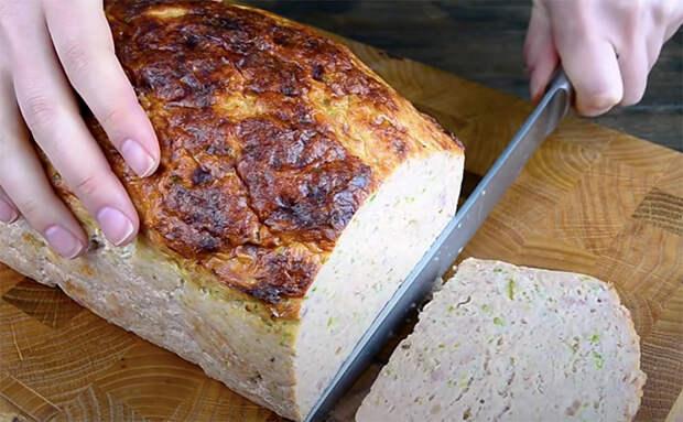 Превращаем фарш в буханку мясного хлеба. Можно есть и как горячее, и как нарезку