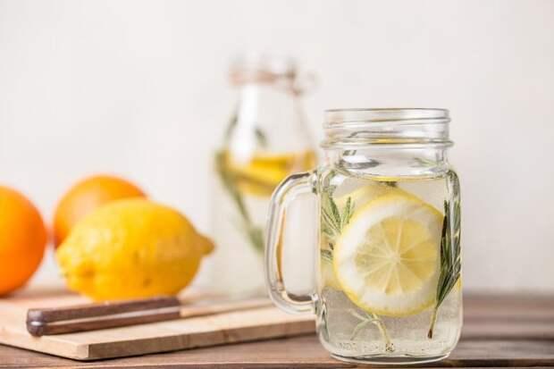 Удар по жаре: 20 рецептов летних освежающих лимонадов