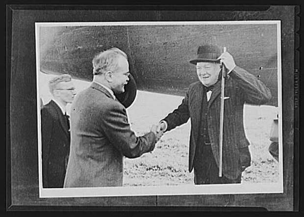 Молотов, Черчилль и Гарриман Фото: radikal.ru