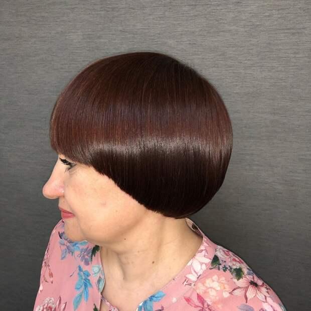 13 брендовых стрижек с челкой на прямые волосы 2021