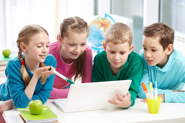 В Москве объявили о двухнедельных школьных каникулах