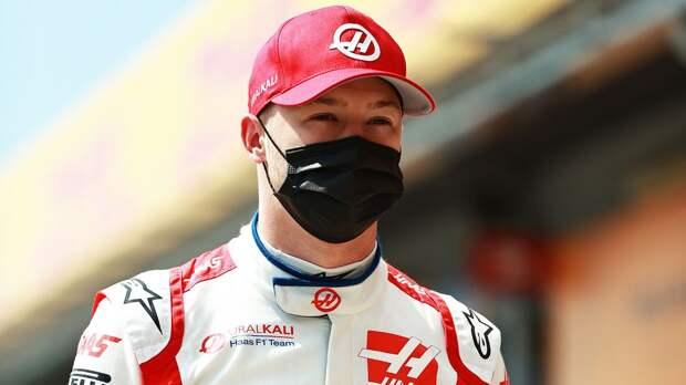Российский пилот Формулы-1 Мазепин все время становится последним. Почему это происходит