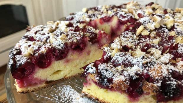Пирог на кефире с вишней: очень простой — вкус не передать словами