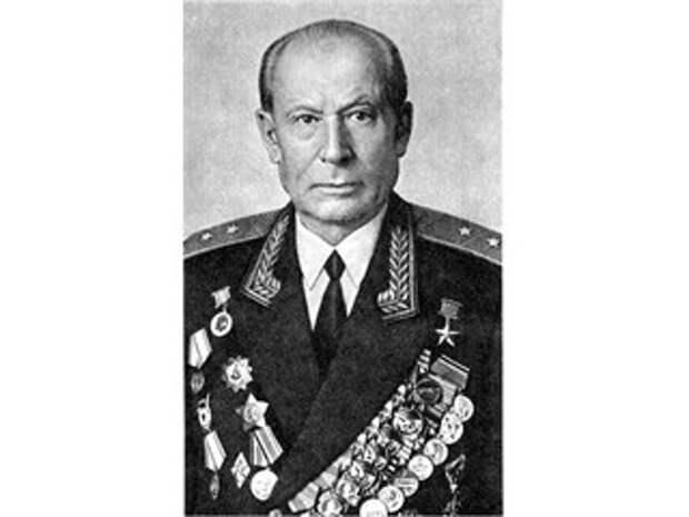 Автор победы РККА в июне 1941 первым применил коктель молотова против танков в ВОВ