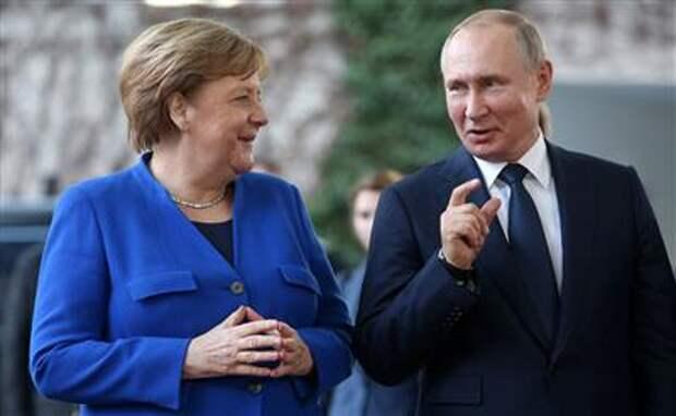 """В ФРГ назвали """"подарком Меркель для Путина"""" соглашение по """"Северному потоку 2"""" с США"""