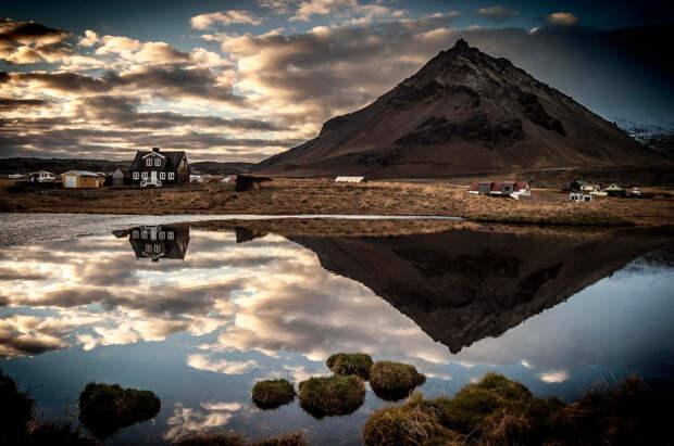 Гордая и безмолвная: 10 фотографий Исландии