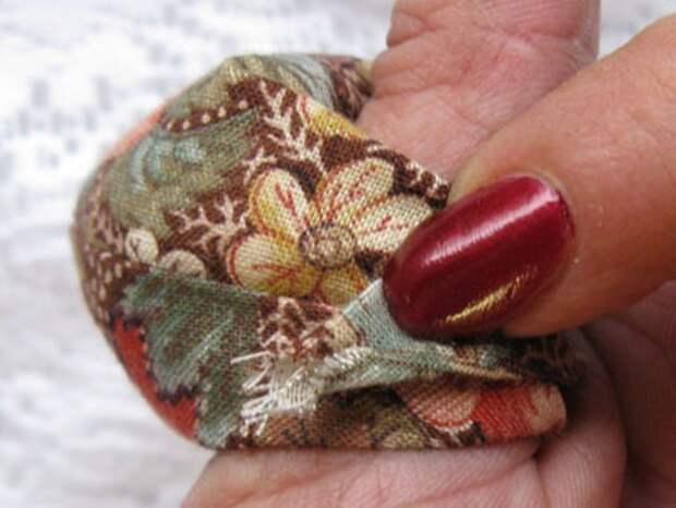 Оригинальная игольница на палец (Diy)