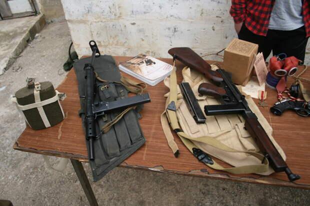 Автоматы Стен и Томпсон.  MG42, война, история, оружие, реставраторы