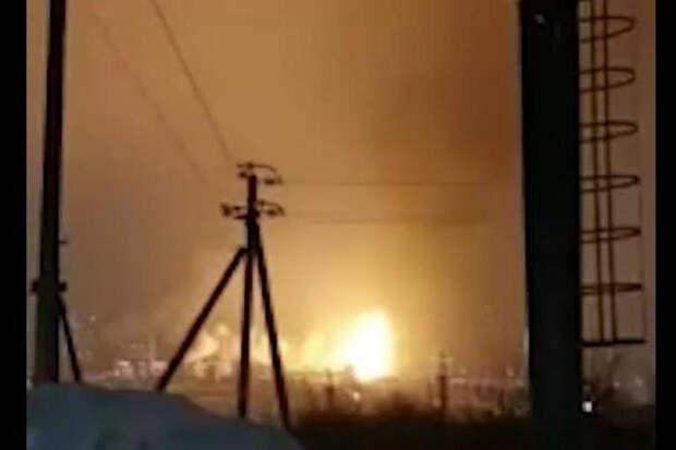 В Уфе на заводе ПАО «Уфаоргсинтез» произошел взрыв, бушует пожар