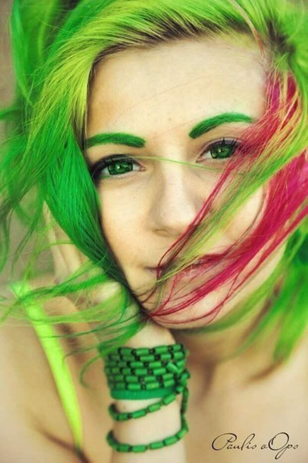 Арбузное настроение: маникюр и яркие волосы