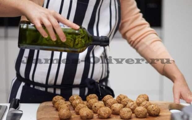 Фрикадельки из ягнятины с картофелем
