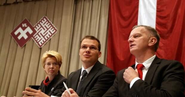 В латышском политическом цирке продолжается предвыборный забойный аттракцион – на колючей проволоке солируют эквилибристы-матерщинники