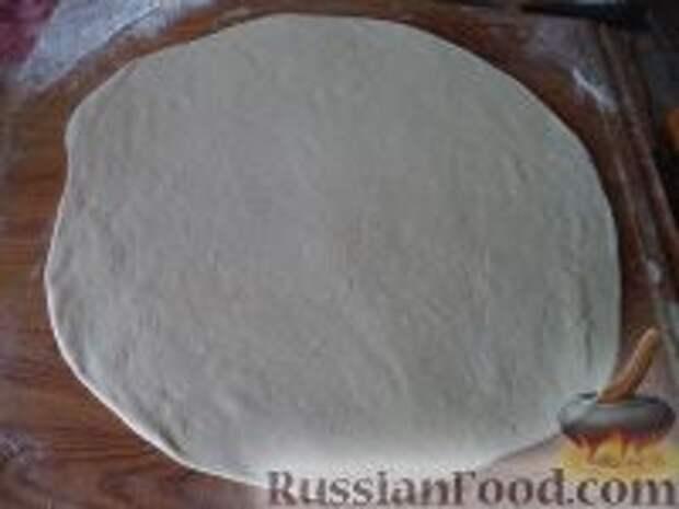 Фото приготовления рецепта: Лепешки с зеленым луком - шаг №5