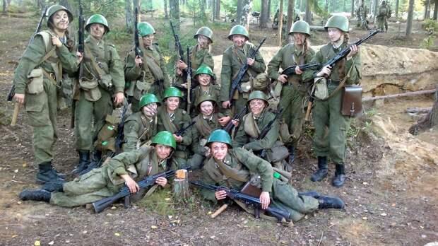 От тайги до британских морей ... : Лица девушек из Российской армии (40)