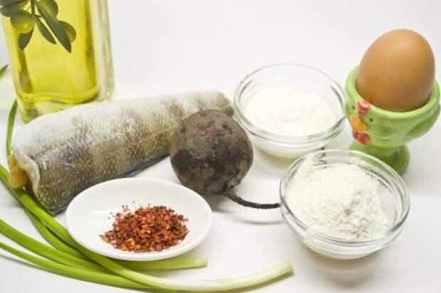 Ингредиенты для приготовления Рыбы в кляре со свекольным пюре