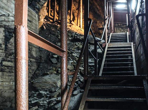 Экскурсия по секретному подземному городу Гитлера