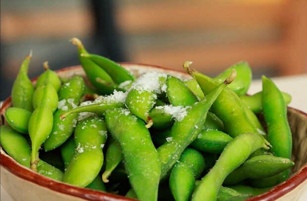 Нут и арахис: ищем богатую белком постную еду на замену мясу
