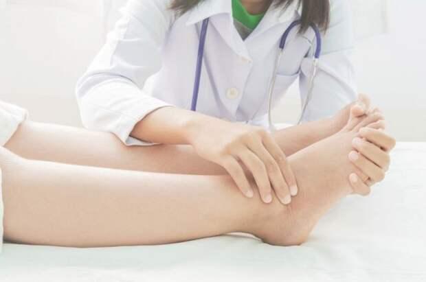 Раздуло ноги. Почему развиваются отеки нижних конечностей?