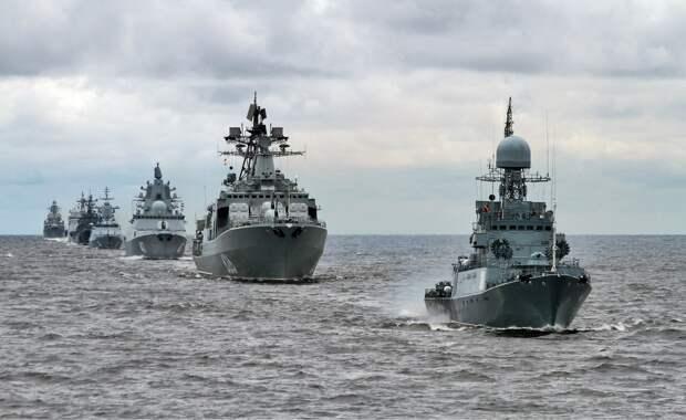 Российская группировка в Северном море испугала ВМС Великобритании