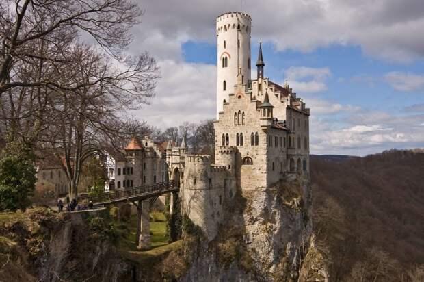 Замок Лихтенштайн, Германия.