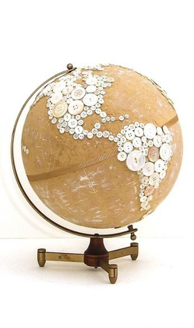 Глобус с пуговками