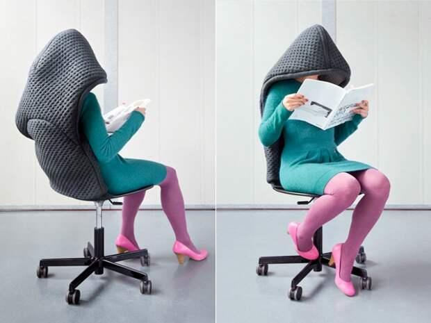 Голландские дизайнеры Bernotat & Co создали серию мебельных чехлов, имитирующих различные предметы одежды и бытовые аксессуары.