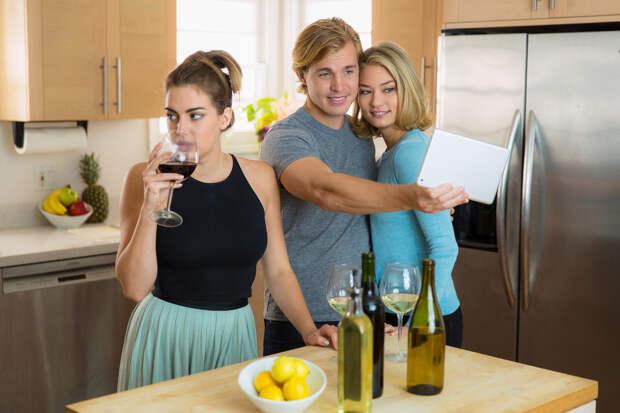 11 признаков, что твой парень ненормально ревнив