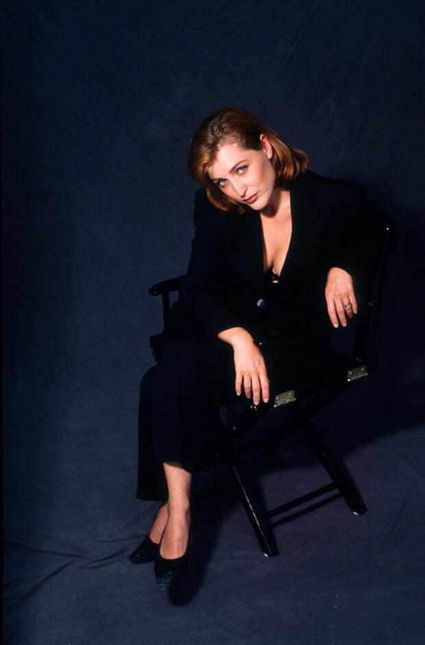 Джиллиан Андерсон (Gillian Anderson) в фотосессии Майкла Тая (Michael Tighe) (1997), фото 3