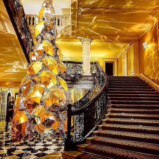 Отель Claridge's в Лондоне