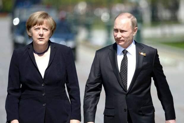 На Западе оценили желание Меркель производить в Германии российскую вакцину