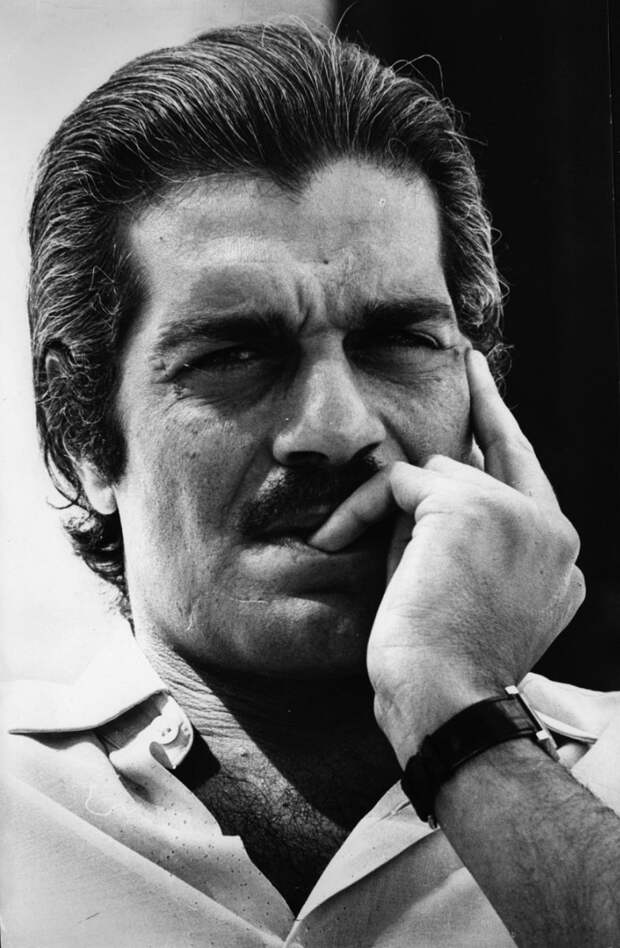 Актер Омар Шариф скончался в Каире