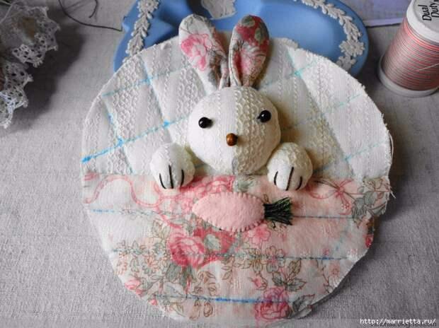 Лоскутное шитье. Кошелек с кроликом (56) (700x524, 327Kb)