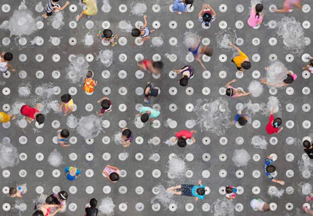 Захватывающие снимки толпы с высоты