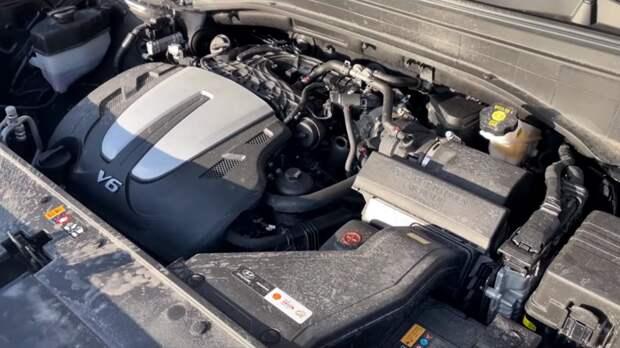 Ничуть не хуже BMW X7 и дешевле на 1/2