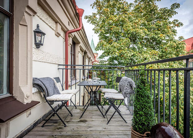 Необычная скандинавская квартира с кирпичной аркой (89 кв. м)