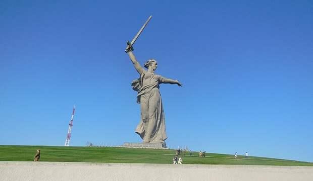 Одной из целей убитых в Волгограде боевиков был монумент «Родина-мать зовет!»