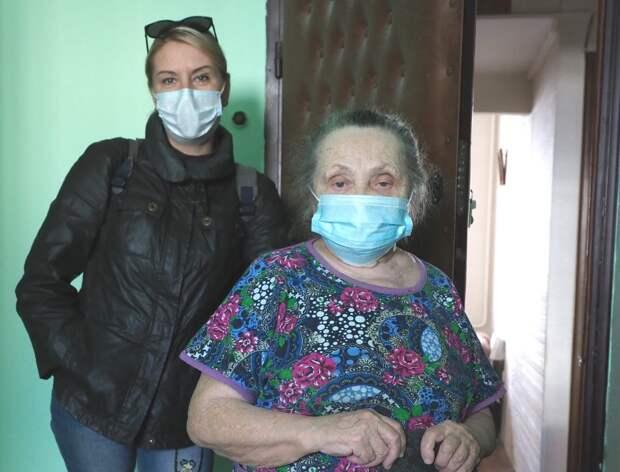 Соцработник ТЦСО «Тушино» обезвредила мошенника