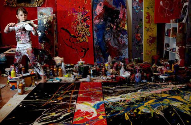 Самая юная художница в мире