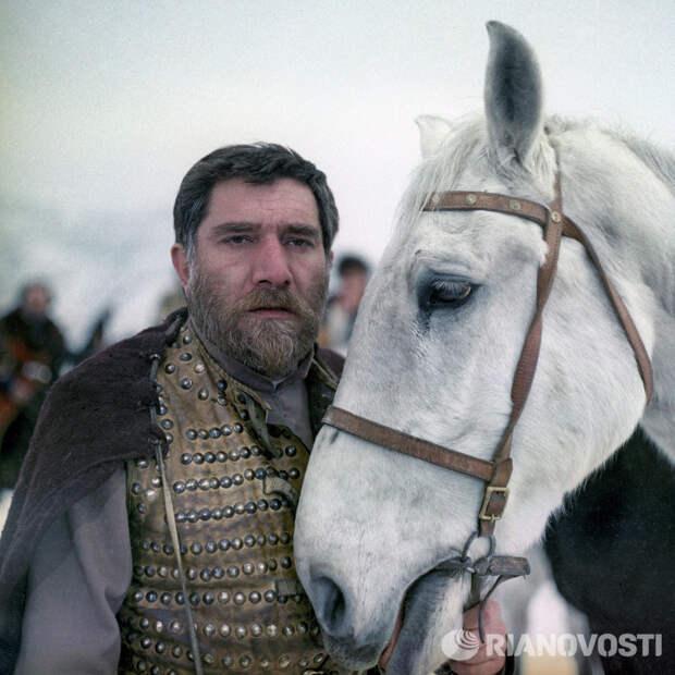 Легендарный Армен Джигарханян