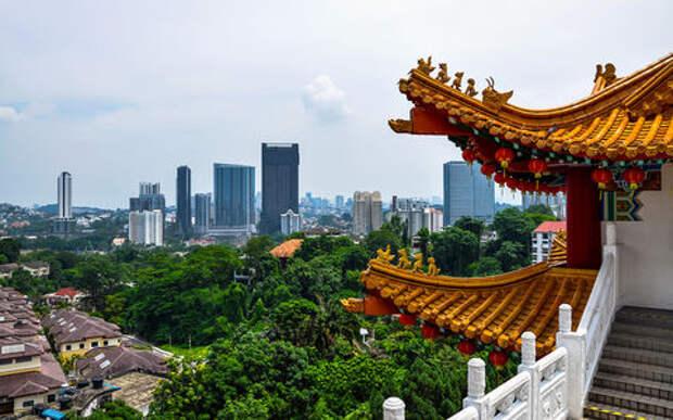 Как ездят в Азии: странные машины, хорошие шины, низкие штрафы
