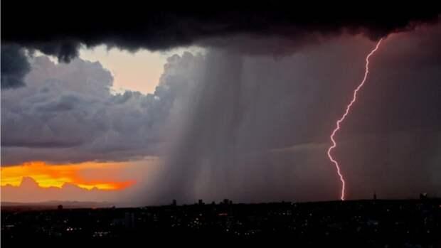 Ливни, град и грозы: прогноз погоды в Алтайском крае на 22 июня